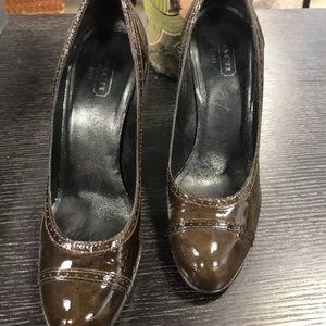 Coach Brown Patent Leather Pumps size 10B